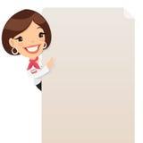 Vrouwelijke Manager Looking bij Lege Affiche Royalty-vrije Stock Foto's