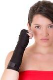 Vrouwelijke MMA-vechter die witte achtergrond opleiden Royalty-vrije Stock Fotografie