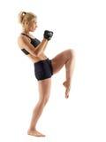 Vrouwelijke MMA-vechter op wit royalty-vrije stock fotografie