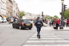 Vrouwelijke Politieman Paris Stock Afbeelding