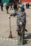 Vrouwelijke straatveger in Peking royalty-vrije stock afbeelding