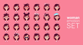 Vrouwelijke Verschillende de Emotie Vastgestelde Avatar van het profielpictogram, de Inzameling van het het Portretgezicht van he stock illustratie