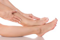 Vrouwelijke voeten van de hielschoonheid de geneeskunde Stock Fotografie