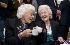 Vrouwelijke wereldoorlog 2 veteranen Stock Afbeeldingen