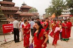 Vrouwen bij Teej-festival, Durbar-Vierkant, Katmandu, Nepal Royalty-vrije Stock Foto