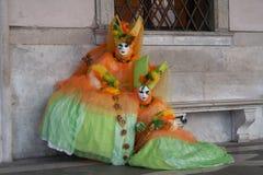 Vrouwen in Carnaval-kostuum royalty-vrije stock afbeelding