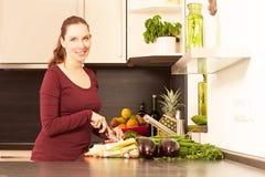 Vrouwen in de keuken Stock Fotografie