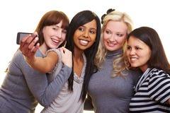 Vrouwen die zelfportretten nemen Stock Foto