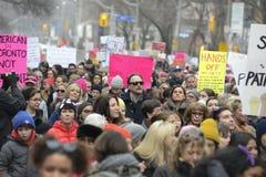 Vrouwen Maart in Toronto stock foto's