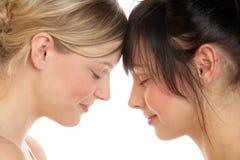 Vrouwen met gesloten ogen Stock Fotografie