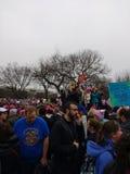Vrouwen ` s Maart op Washington, Mannen in Maart, Protesteerdersverzameling tegen President Donald Trump, Washington, gelijkstroo Stock Foto's
