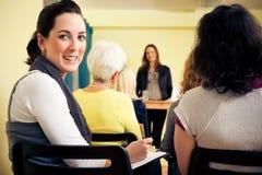 Vrouwen slechts Seminarie Stock Foto