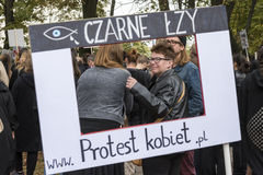 Vrouwen Zwart Protest in Warshau Royalty-vrije Stock Foto