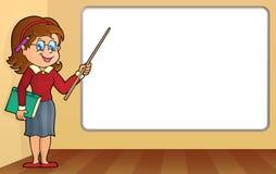 Vrouwenleraar die zich door whiteboard bevinden Royalty-vrije Stock Fotografie