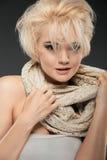 Vrouwenportret met blondehaar Stock Foto's