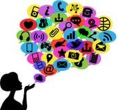 Vrouwensilhouet die Sociale Media Communicatio blazen Stock Afbeelding