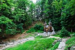 Vrsic通行证的,朱利安阿尔卑斯山,斯洛文尼亚俄国教堂 免版税图库摄影
