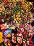 Vruchten bij de markt Stock Foto