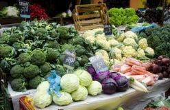 Vruchten bij de markt Stock Afbeelding