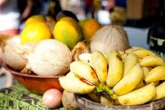 Vruchten bij landbouwersmarkt Royalty-vrije Stock Foto