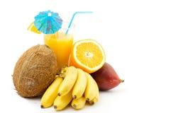 Vruchten en cocktail Royalty-vrije Stock Fotografie