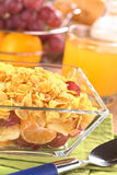 Vruchten en Cornflakes Stock Foto