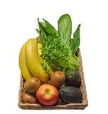 Vruchten en groenten in de mand royalty-vrije stock foto's