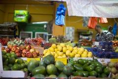 Vruchten en groentenmarkt Hadera Israël Stock Afbeeldingen