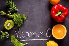 Vruchten en groentenrijken in vitamine C Stock Fotografie