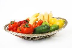 Vruchten in mand stock foto