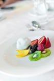 Vruchten op een plaat Stock Foto