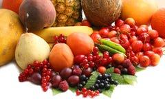 Vruchten op lijst. Stilleven stock fotografie