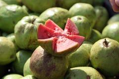 Vruchten van guave Stock Afbeeldingen