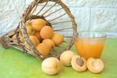 Vruchtesap met abrikoos Royalty-vrije Stock Foto