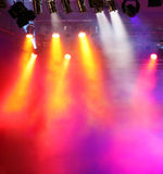 Vspotlights avec de l'air fumeux Images libres de droits