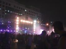 Våt musikfestival Arkivfoto