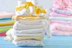 Vêtements de bébé Images libres de droits