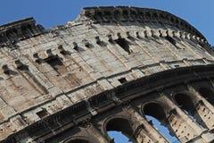 Vue à angles du Collosseum Photographie stock