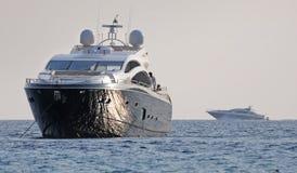 Vue à bord de Superyacht de navigation de luxe dans Ibiza Espagne Photo stock
