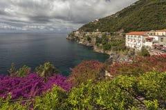 Vue à la côte d'Amalfi, Italie Photo stock