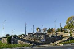 Vue à la frontière entre antique et la ville nouvelle Nessebar à la côte de la Mer Noire photo stock