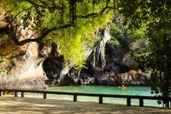 Vue à la plage de Phra Nang dans Krabi Images libres de droits