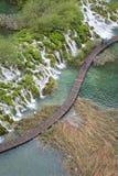Vue à la promenade aux lacs Plitvice et au x28 ; Croatia& x29 ; photos libres de droits