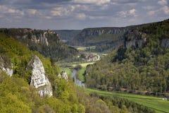 Vue à la vallée de Donau près d'Irndorf photo libre de droits