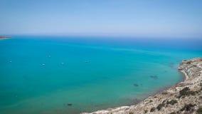 Vue à partir de dessus d'une colline, Chypre banque de vidéos