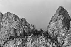 Vue énorme d'Alpes de montagne de Pordoi de dolomites Photos stock