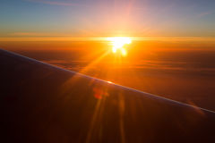 Vue étonnante d'avion Matin bleu Image stock