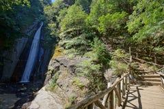Vue étonnante de cascade de Smolare - la plus haute cascade en république de Macédoine Images libres de droits