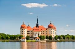 Vue étroite de château de Moritzburg Images libres de droits
