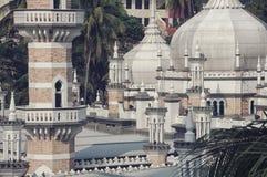 Vue étroite de mosquée de Jamek en Kuala Lumpur Image libre de droits